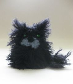 Luna Beeble Crochet, fluffy black cat with green beads for eyes and felt muzzle 4-6cm
