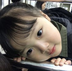 Shared by Aomplyy. Find images and videos about girl, cute and korean on We Heart It - the app to get lost in what you love. Cute Asian Babies, Korean Babies, Cute Korean Boys, Asian Kids, Cute Babies, Cute Little Baby Girl, Cute Baby Girl Pictures, Little Babies, Funny Kids