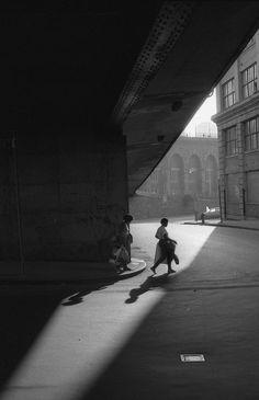 Orville Robertson - Under Brooklyn Bridge, 1986. www.tumblr.com/