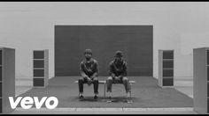 Hawk House - Chill Pill (Experiment by Thomas Rhazi Archive Music, Camera Movements, Chill Pill, Film School, Paris, Filmmaking, Rap, Music Videos, Hip Hop