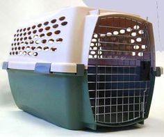 Small Dog Travel Crate Petmate Aspen-23Lx 14Wx 14H inches buy Online Dog Crate http://www.dogspot.in/crates/