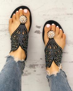 Shop Sequins Embellished Hollow Out Toe Post Sandals – Discover sexy women fashion at Boutiquefeel Trend Fashion, Fashion Shoes, Womens Fashion, Ootd Fashion, Fashion Dresses, Daily Shoes, Mode Ab 50, Toe Rings, Flat Sandals