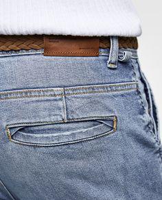 DENIM CHINO CINTURÓN Types Of Jeans, Denim Art, Estilo Denim, Men Trousers, Diesel Jeans, Pant Shirt, African Men Fashion, Denim Jeans Men, Denim Fashion