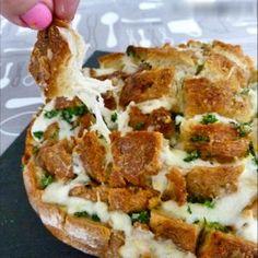 Pain hérisson à l'ail et à la mozzarella : 35 recettes avec du pain dur - Journal des Femmes Cuisiner