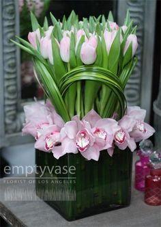 Ideas Wedding Flowers Bouquet Orchids Florists For 2019 Ikebana, Deco Floral, Arte Floral, Fleur Design, Modern Flower Arrangements, Floral Centerpieces, Wedding Centerpieces, Centrepieces, Flower Boxes
