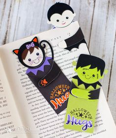 Halloween Hugs Bookmarks by Betsy Veldman for Papertrey Ink (August 2017)
