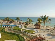 Azul Beach Hotel in Riviera Maya, the ideal place to travel for all-inclusive fun.