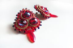 Mexican earrings tiny red studs orecchini rossi Small soutache jewelry Chinese earrings романтические серьги boucles d'oreilles rouges by DianaDeluxe on Etsy