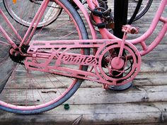 I always longed for a Pashley bike but now I might want an Hermes one!  So cute and pink!!  Mine would have a large basket on the front!
