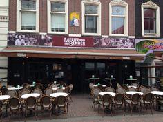 MELIEF BENDER bekende kroeg in Rotterdam op de Binnenweg.Een eeuw duurt zolang als Melief is.