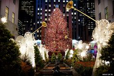 Looking forward to seeing this sight in a couple of days then some window shopping. So excited!! Merry Christmas everyone! Xxx