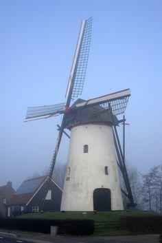 [713] De Vos Heense Molen te Nieuw-Vossemeer Tilting At Windmills, Holland Windmills, Throughout The World, Amazing Nature, Utility Pole, Dutch, Scenery, Travel, Windmill