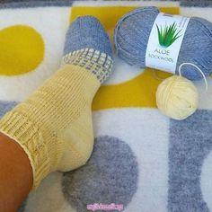 Socken « Sale Schuhe Crochet Socks, Knitting Socks, Baby Knitting, Knit Crochet, Beginner Knitting Patterns, Knitting For Beginners, Crochet Patterns, Crochet Ripple, Sock Toys