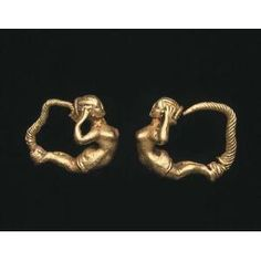 Pair of earrings with female figure,Greek, late 4th century BCE