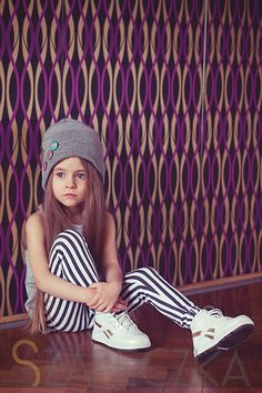 beanie + leggings + cool shoes