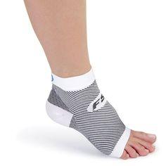 The Plantar Fasciitis Relieving Foot Sleeves - Hammacher Schlemmer