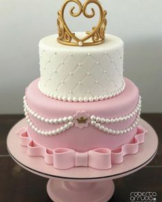 Princesa #robertaarrudaboutiquedebolos #boloprincesa #bolodecoradorecife #instacake 15th Birthday Cakes, Bithday Cake, Birthday Cake Girls, Princess Birthday, Girl Cakes, Baby Cakes, Sleeping Beauty Cake, Tiara Cake, Quinceanera Cakes