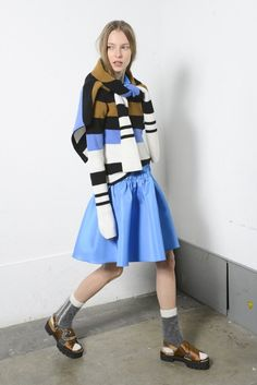 「ヌメロヴェントゥーノ」2015年プレ・フォール・コレクション | WWD JAPAN.com