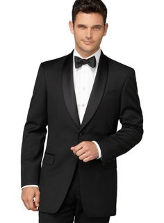 Actor Luke Evans In A Valentino Tuxedo At Lincoln Center Corporate Fund Black Tie Gala On ...