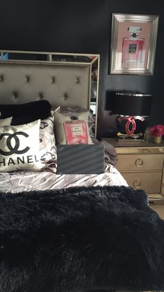 Chanel themed bedroom decor My room - All About Decoration Chanel Bedroom, Glam Bedroom, Bedroom Themes, Bedroom Ideas, Decorating Bedrooms, Awesome Bedrooms, Beautiful Bedrooms, Modern Bedrooms, My New Room
