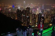 HONG KONG: A modernidade de um dos principais centros financeiro da Ásia e as tradições da cultura chinesa se misturam na paisagem de Hong Kong. O destino é imperdível para quem gosta de belos contrastes em um passeio turístico