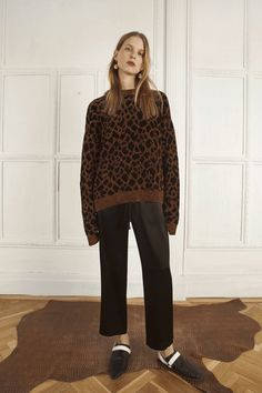 See all the Collection photos from Nanushka Autumn/Winter 2017 Ready-To-Wear now on British Vogue Winter 2017, Fall Winter, Autumn, Fashion 2017, Fashion Trends, Night Looks, Ready To Wear, Normcore, Vogue
