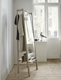 mirror hanger