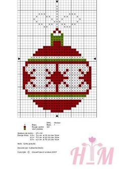 Voici la lettre O, maintenant on a les lettres pour broder le mot NOEL ! Le lien pour le fichier de broderie main et machine: ICI Et pour la broderie de NOEL: A demain pour la suite de cet alphabet romantique ! Cross Stitch Christmas Cards, Xmas Cross Stitch, Cross Stitch Cards, Cross Stitching, Cross Stitch Embroidery, Hand Embroidery, Cross Stitch Designs, Cross Stitch Patterns, Christmas Embroidery