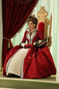Outstanding Costumes for a Series - Once upon a time (Queen of Hearts ABC) Costume Designer: Eduardo Castro, Assistant Costume Designer: Monique McRae #HWDesign #Emmys  #costumedesign