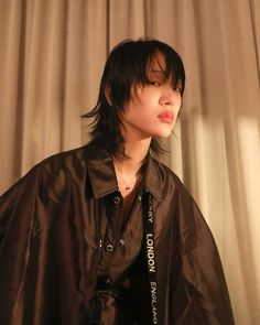 Beauty Makeup, Hair Makeup, Hair Beauty, Asian Mullet, Sora Choi, Mullet Hairstyle, Very Short Hair, Mullets, Street Style