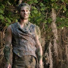"brakebillskids: "" no this is not an excuse to post him again correction, grey damon's character is listed as DYRAD, not dryad as in Die-Rad this fucking show i swear to umber xD hah i was right, it. Wood Elf Costume, Halloween Costumes, Halloween 2018, Forest Creatures, Woodland Creatures, Dryad Costume, Forest Fairy Costume, Fae Aesthetic, Male Fairy"