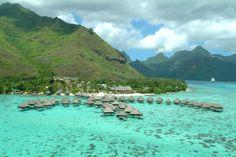 """""""愛の島""""モーレア島のリゾートで一度は体験したい水上バンガローステイ 新着! 世界のホテル・インフォメーション CREA WEB(クレア ウェブ)"""