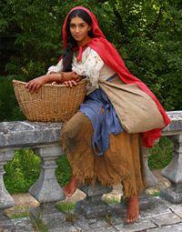 English gypsy costume of C, reconstruction Gypsy Costume, Folk Costume, Gypsy Eyes, Best Photo Poses, Eagle Wings, Gypsy Women, Barefoot Girls, Cute Eyes, Gypsy Life
