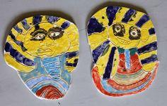 Posmrtnou masku Tutanchamona  vytvořily předškoláci.