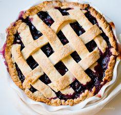 Vegan Summer Cherry Pie