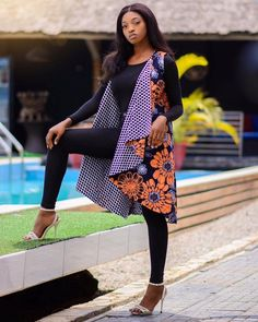 Ankara Kimono Styles 2019. Hello ladies. Ankara kimono styles are trendy among fashion divas. It is rear to see a lady not having kimono in their wardrobe. We now have many creative designs of kimono, although these styles are popularly known to be wrapped with the right side overlapping the left side but nowadays, ladies have it opened revealing the inner attire or wear. Latest Ankara kimono styles also have stylish sleeves