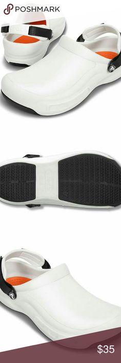 fd5fb59d92e70d Unisex Bistro Crocs Men s 9   Women s 11 Slip Resistant Slightly Used Great  Condition crocs Shoes Mules   Clogs