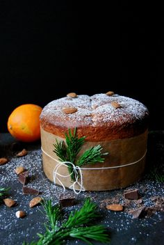A Christmas Chocolate Orange Panettone ° eat in my kitchen Christmas Chocolate, Christmas Sweets, Christmas Cooking, Christmas Tree, Panettone Cake, Dessert Aux Fruits, Italian Christmas, Chocolate Orange, Panettone