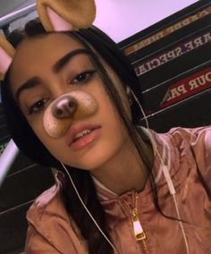 Designer Clothes, Shoes & Bags for Women Malu Trevejo Outfits, My Beauty, Beauty Makeup, Girl Pictures, Cute Pictures, Pretty People, Beautiful People, Leila, Foto Instagram