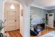 Apartamento / Lisboa, Alameda D. Afonso Henriques / Venda / Ref. Oversized Mirror, Furniture, Home Decor, Exterior Cladding, Metro Station, Decoration Home, Room Decor, Home Furnishings, Arredamento