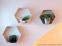 Puolitoista kerrosta kotia: Yläkerran aulan uutta