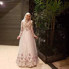 """7,853 Likes, 253 Comments - The Dresses, 2 December 2017 (@minimalace) on Instagram: """"Ingat lagi tak dearies? ramai sgt request, so anything for you my dear nak kembang macam ni ke…"""""""