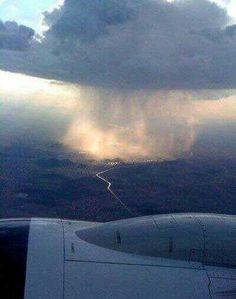 Lluvia desde el avión