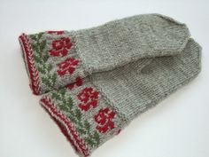 Knitted Mittens Pattern, Sweater Mittens, Knitted Gloves, Knitting Socks, Crochet Woman, Knit Crochet, Knitting Designs, Knitting Patterns, Norwegian Knitting