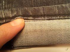 Du kan selv sy oplægning af bukser, hvor du bevarer den originale kant, fx i jeans. Se i video guiden hvordan du syr oplægning af bukser med original kant.