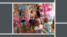 Přijďte se bavit do pražské Galerie DollsLand! Čekají vás tvořivé a vzdělávací workshopy, úžasné prohlídky s živým Kenem a mnoho další zábavy pro malé i velké! Těšíme se na Vás!