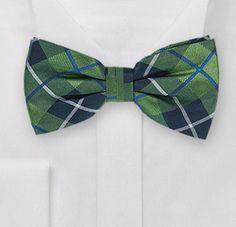Krawatten - Herren Fliege Selbstbinder aus Seide in grün - ein Designerstück von MarinettaDesign bei DaWanda