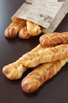 「かぼちゃのくるくるスティックパン」プチ・シュー | お菓子・パンのレシピや作り方【corecle*コレクル】