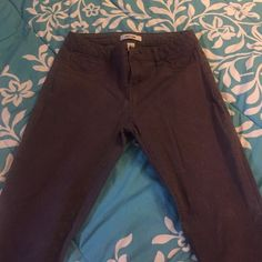 High waisted Charlotte Russe jeans Dark Grey Highwausted Charlotte Russe Jeans, barely worn, no stretching, no discoloration or loose strings. Charlotte Russe Jeans Skinny
