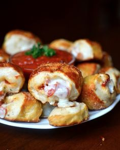 Pretzel Pizza Rolls Not sweet but a great way to keep the kiddos happy during a move! And that's sweet!